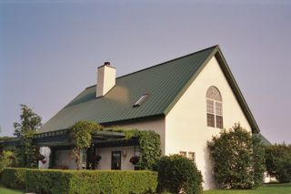 Standing_Seam_Metal_Roof_1