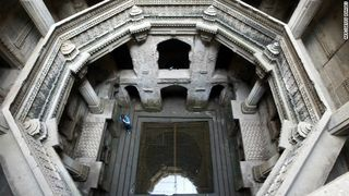 Step-well-horizontal-gallery